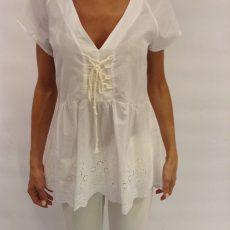 Μπλούζα λευκή με ασπροκέντημα