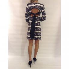 Mini φόρεμα με trouks και ανοικτή πλάτη