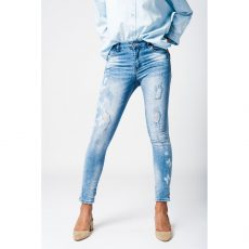 Skinny jeans με τύπωμα πεταλούδας