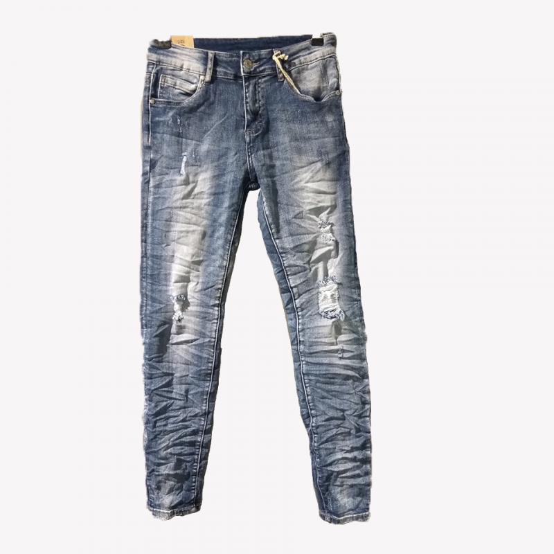 Jean παντελόνι με σκισίματα και ξεβάματα