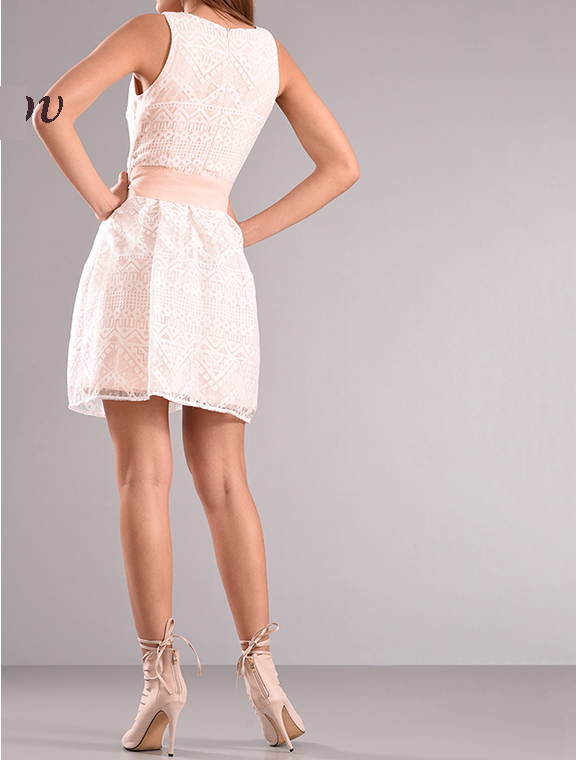 Mini φόρεμα με φιόγκο στην μέση