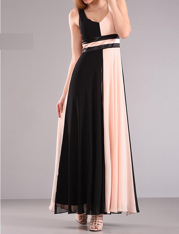Maxi φόρεμα με ανοικτή πλάτη