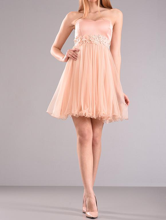 Φόρεμα κοντό στράπλες με τούλι