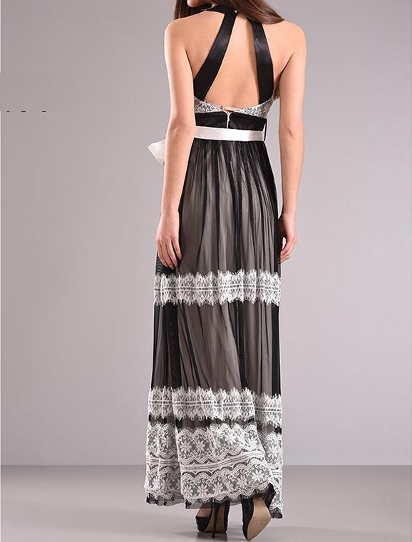 Maxi φόρεμα με στρογγυλή λαιμόκοψη