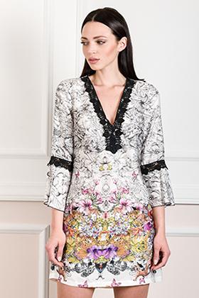 Mini φόρεμα καφτάνι με λεπτομέρειες δαντέλα