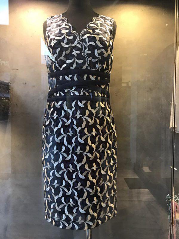 Γυναικεία ρούχα σε μεγάλα νούμερα στην Πάτρα