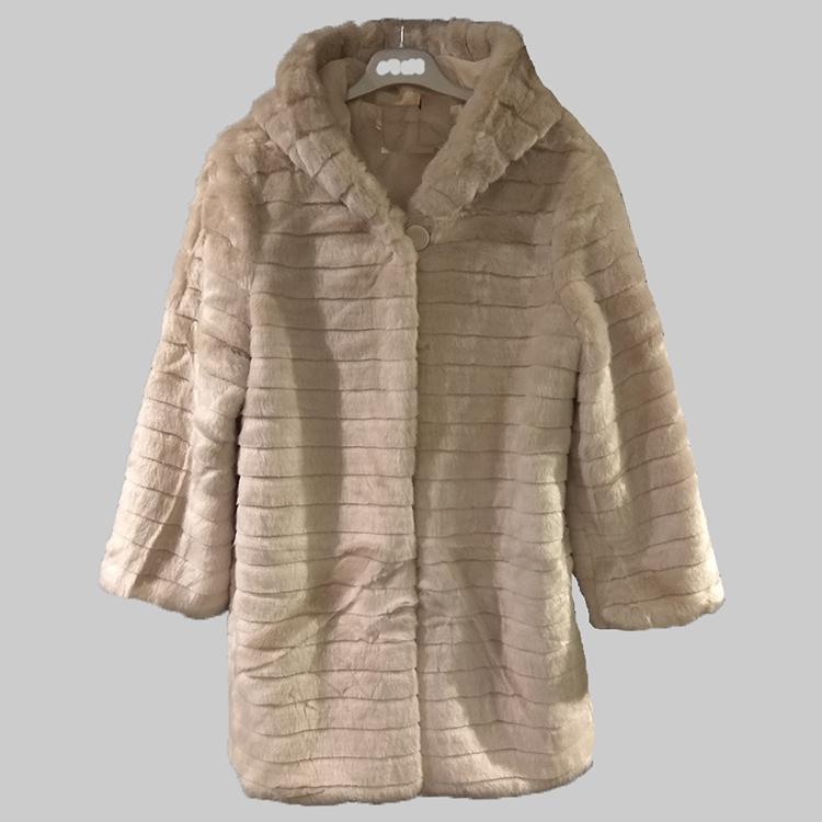 Γούνες : Το απόλυτο fashion item του χειμώνα