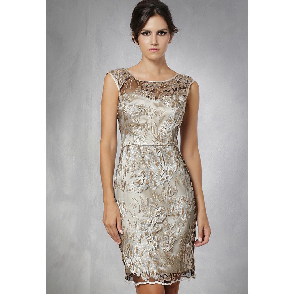 Γυναικεία ρούχα για γάμο τον χειμώνα