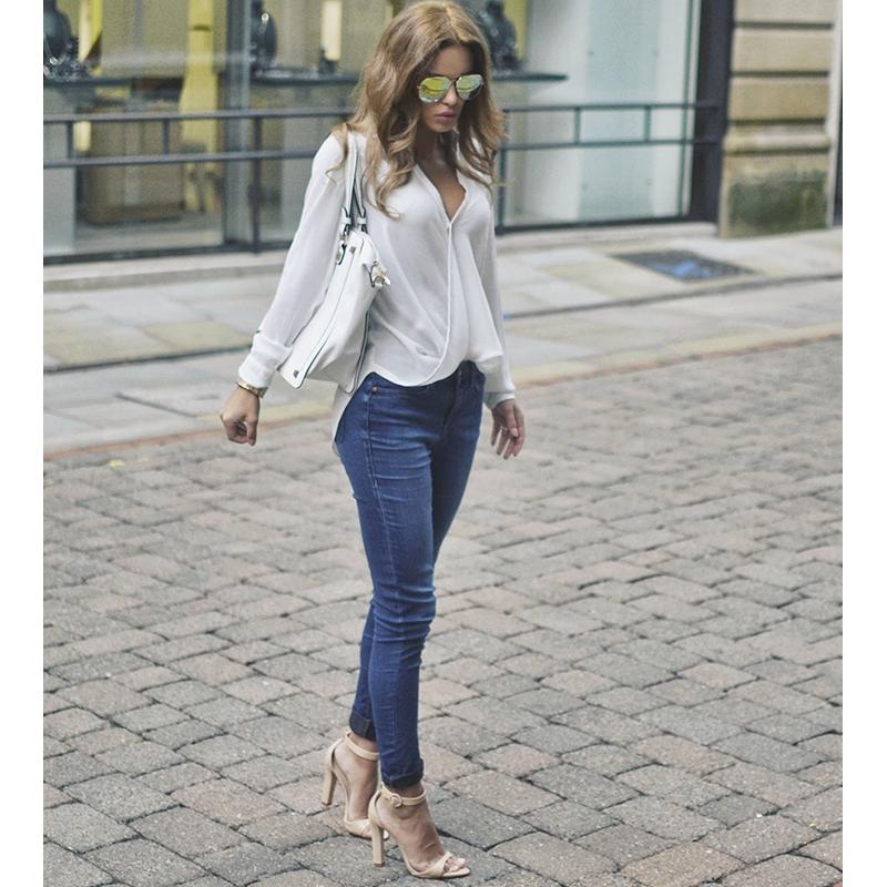 Τζιν παντελόνι για casual look την άνοιξη