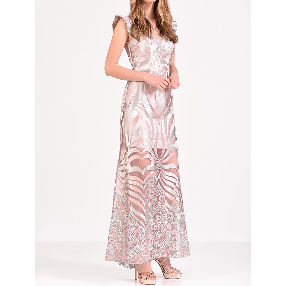 Εντυπωσιακά μακριά φορέματα στην Πάτρα s/s 2018