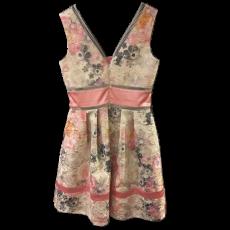 Mini φόρεμα Α γραμμή με ασημί λεπτομέρειες