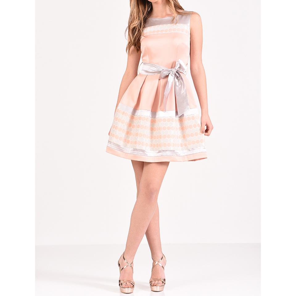 Κοντό φόρεμα σε Α γραμμή με ζώνη