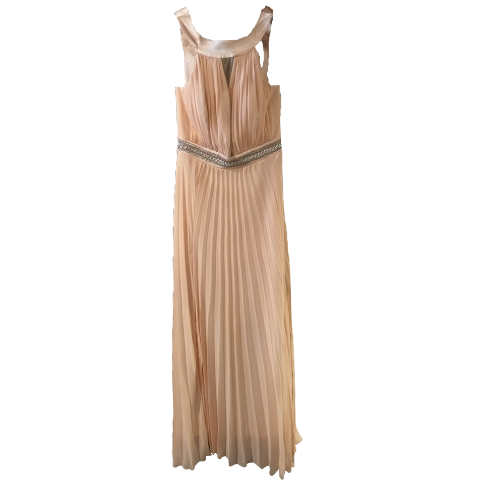Maxi φόρεμα πλισέ με ανοικτή πλάτη